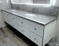 Amalfi Blanco high-gloss floating vanity; Mirror with LED lighting strips