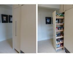 Pull-out pantry unit gives full access to stored items