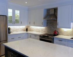 Containing up to 93% natural quartz, Caesarstone surfaces combine practicality with numerous design options.