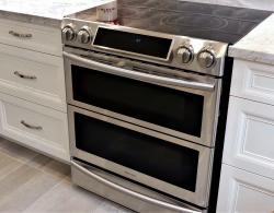 Slide-in range with 1-1/2 ovens # Kestle Interiors
