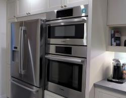 Cuisine Ideale Brome-style door & drawer fronts, Deep storage drawers; Bosch microwave-convection double wall oven